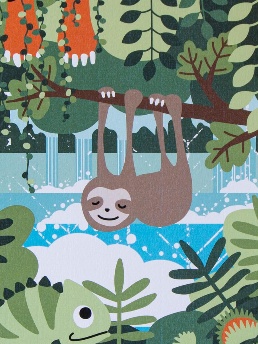 Lähikuva sademetsäjulisteessa, jossa näkyy hienon designpaperin struktuuripinta.